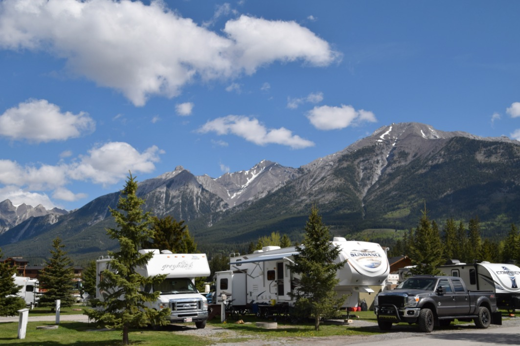 town camping canmore