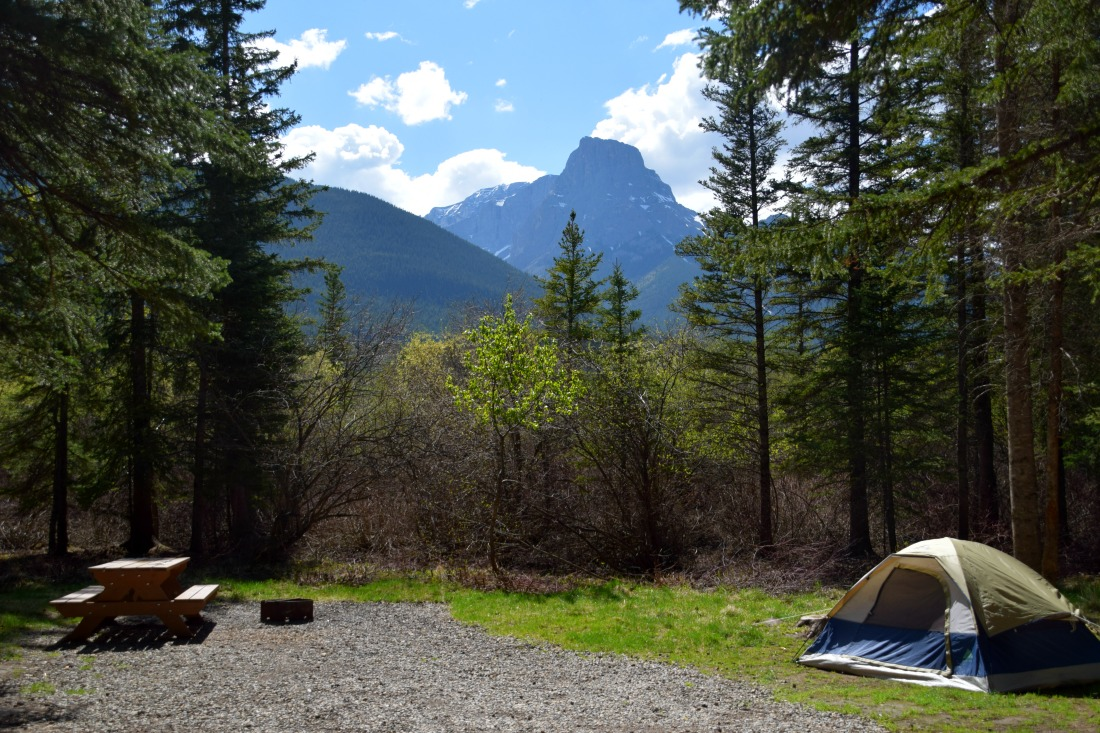 tent rocky mountains
