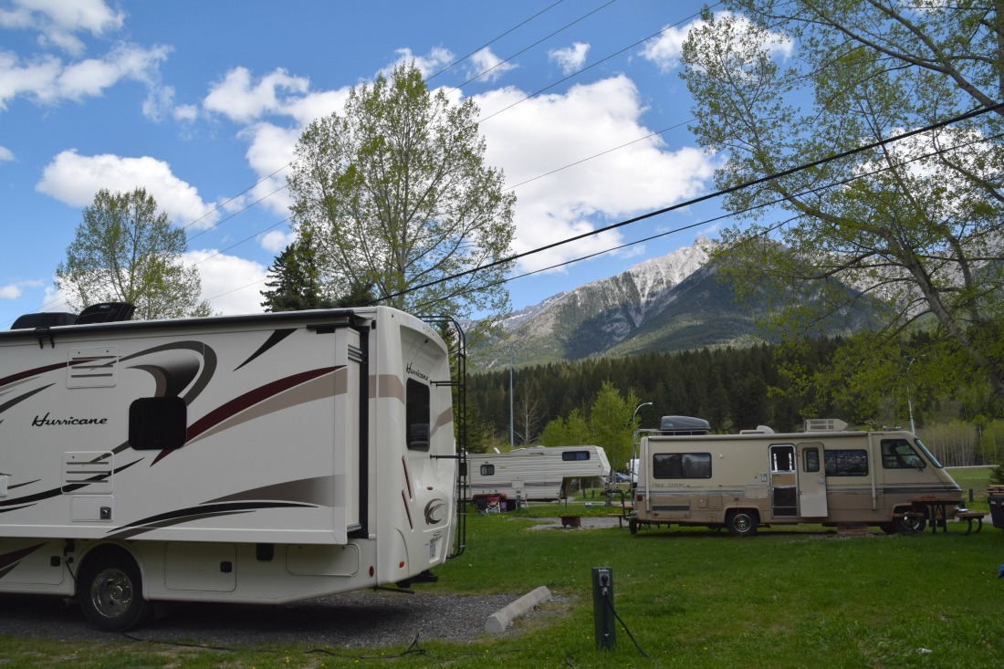 wapiti campsite canmore, alberta