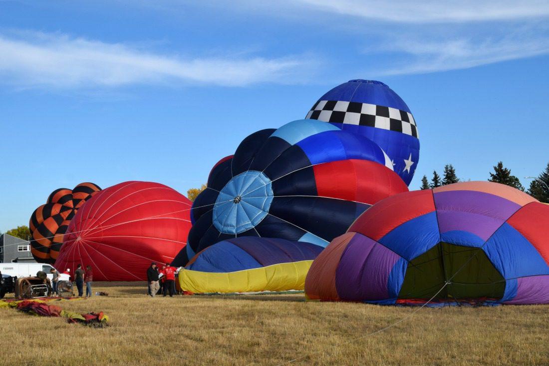 High River Heritage Inn International Balloon festival start