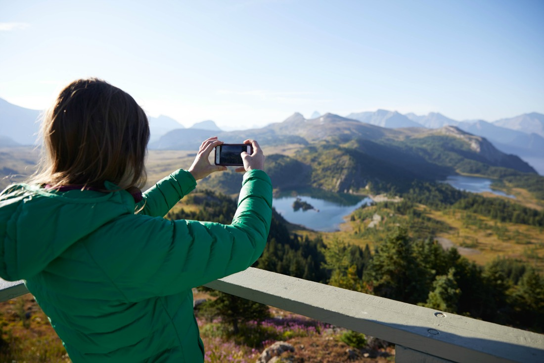 woman hiking alone in Banff