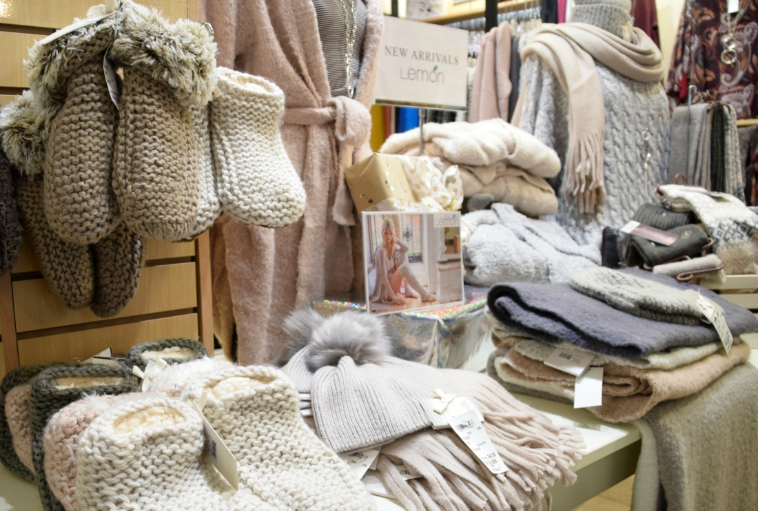 lemon knitwear