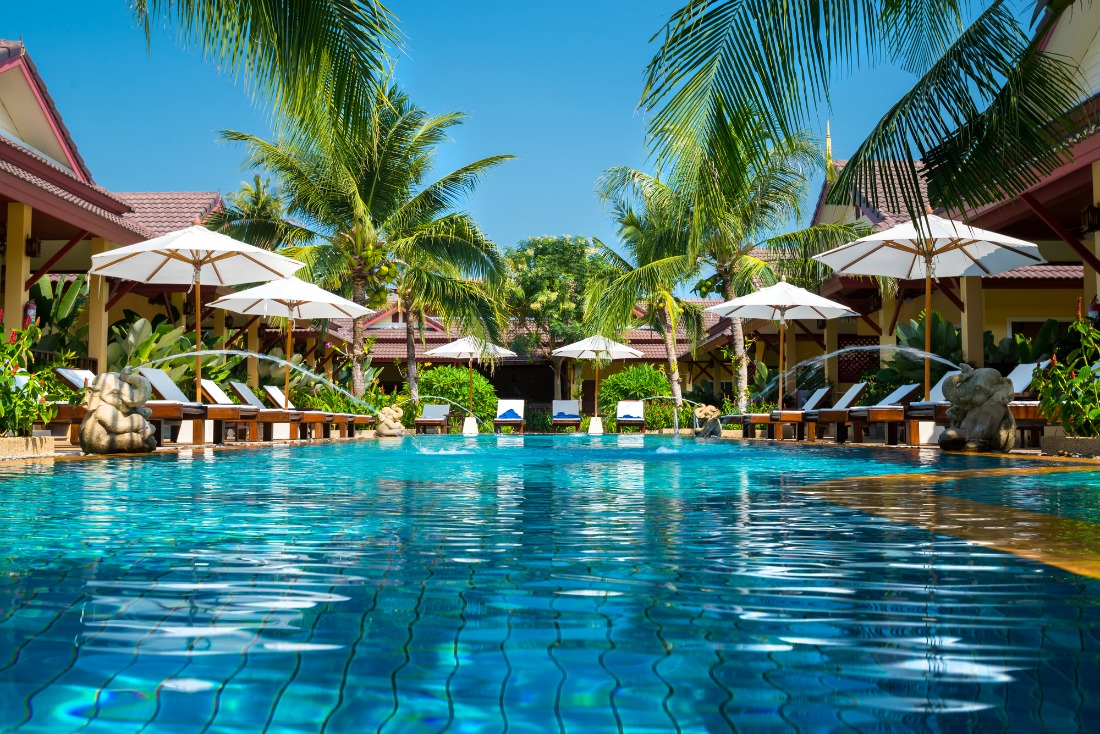 hotel resort pool