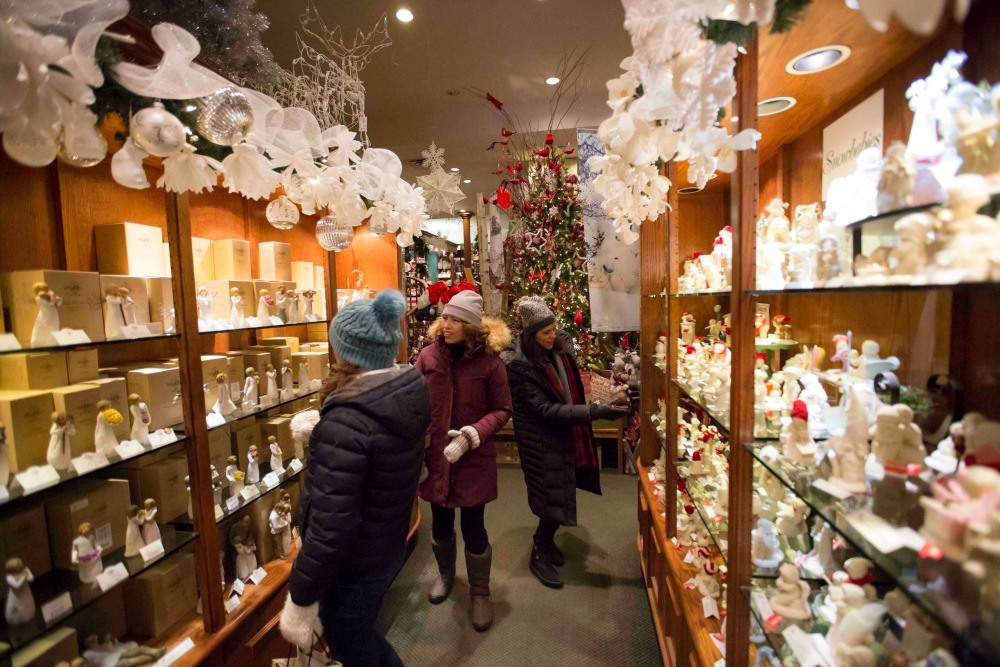 Banff Christmas Store