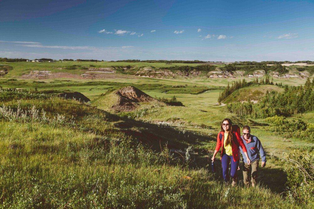 hiking canadian badlands
