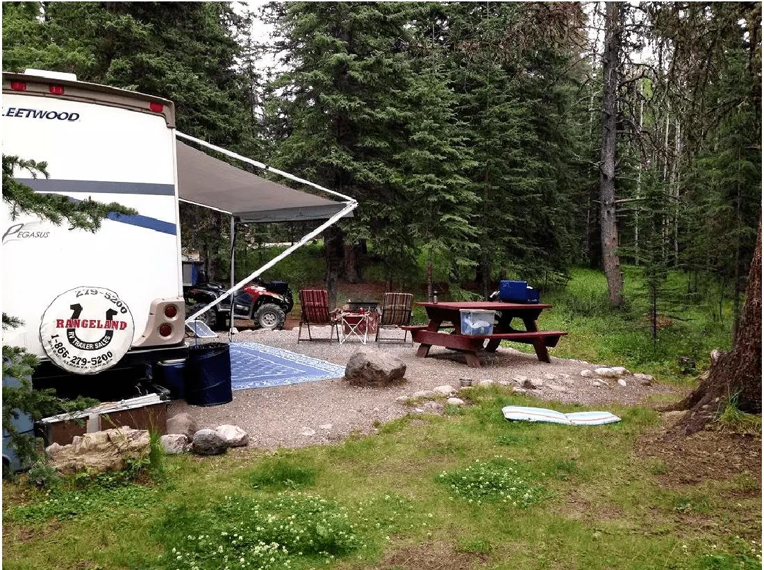 Shunda Creek camping