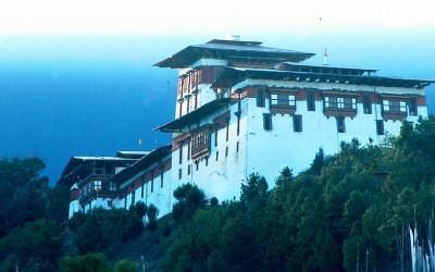 Bhutan, Dzong van Jakar