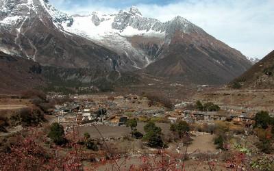 De vallei bij Samdo, Manaslu Trekking, Nepal, 2006