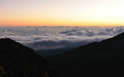 Zonsopkomst vanaf de Haleakala op 3000 mtr, Maui, Hawaii, 2011