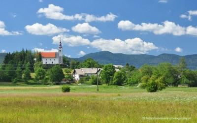 Uitzicht op het dorpje Zerovnica, Slovenië, 6-7-2014