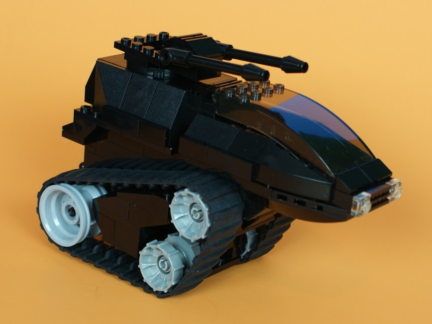 Enemy Fast Attack Tank (Geewunner.com)