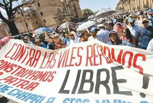 Protestas 2014, foto Milenio, Morelia, Mich.