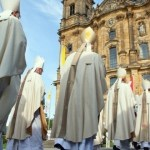 Es el sistema de la Iglesia católica el que provoca violadores