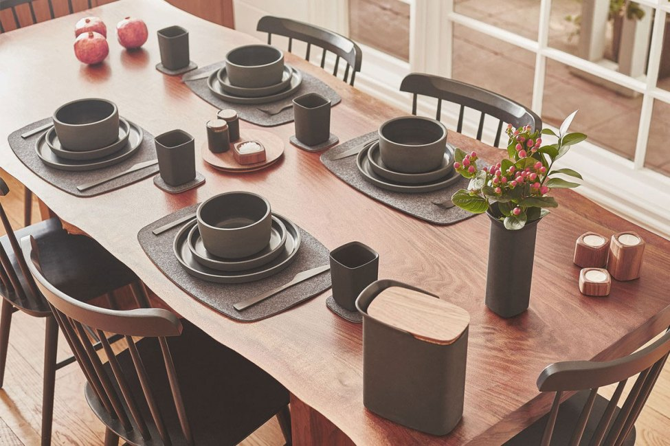 grovemade-tabletop-black-galb-A3_1200x1200_90
