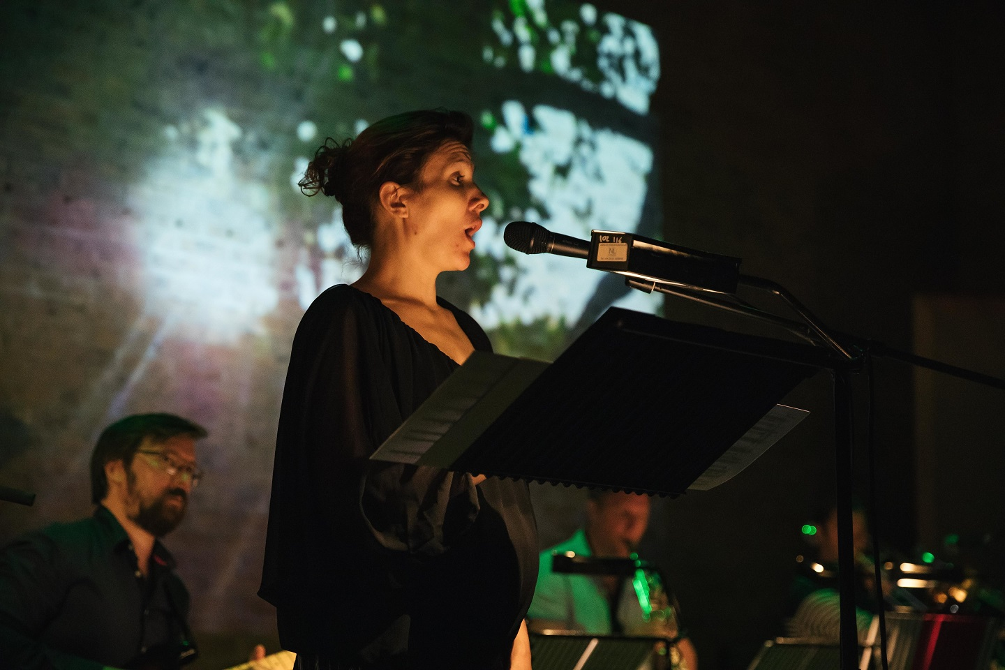 Michaela Riener singing Grim's Ditch with Ensemble Klang by Joel Baldwin