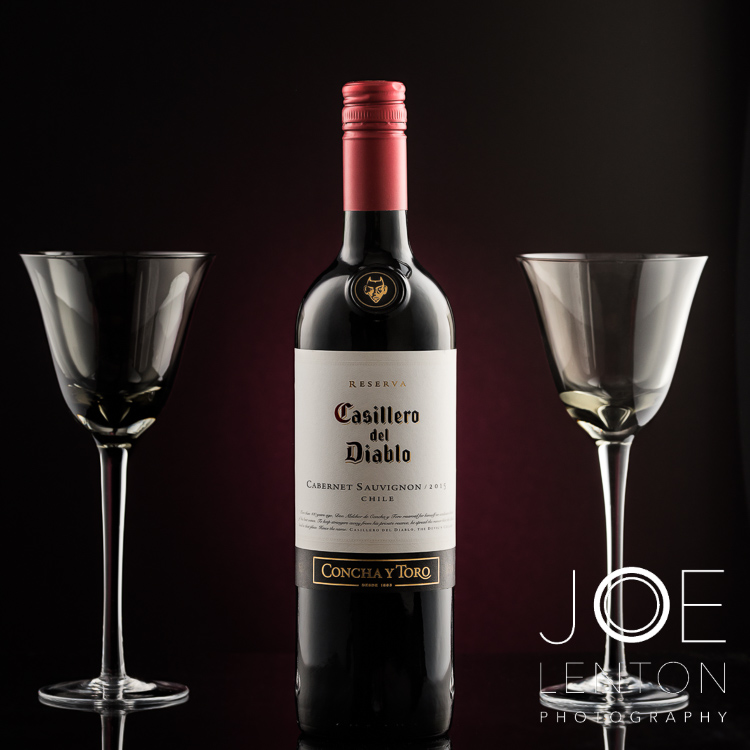 product-photography-drink-photography-red-wine-bottle-glasses