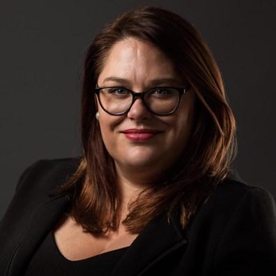 Headshot & Business Portrait Photography - Kate White