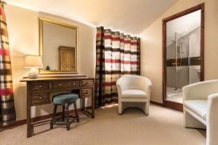 Bed & Breakfast Bedroom Norfolk Lurcher-7