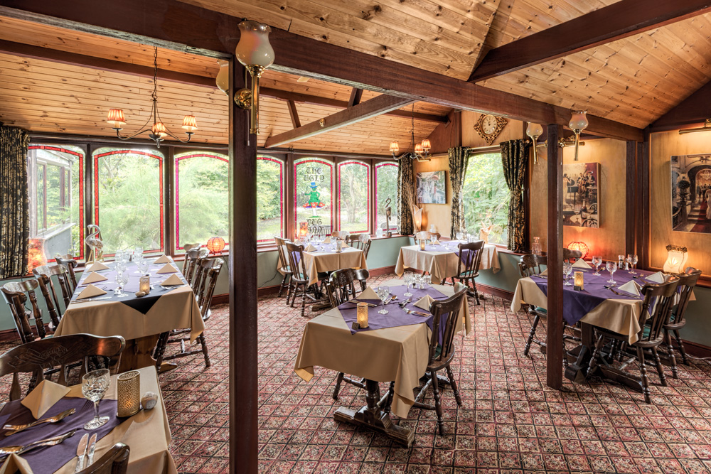 Norfolk Lurcher Main Dining Area