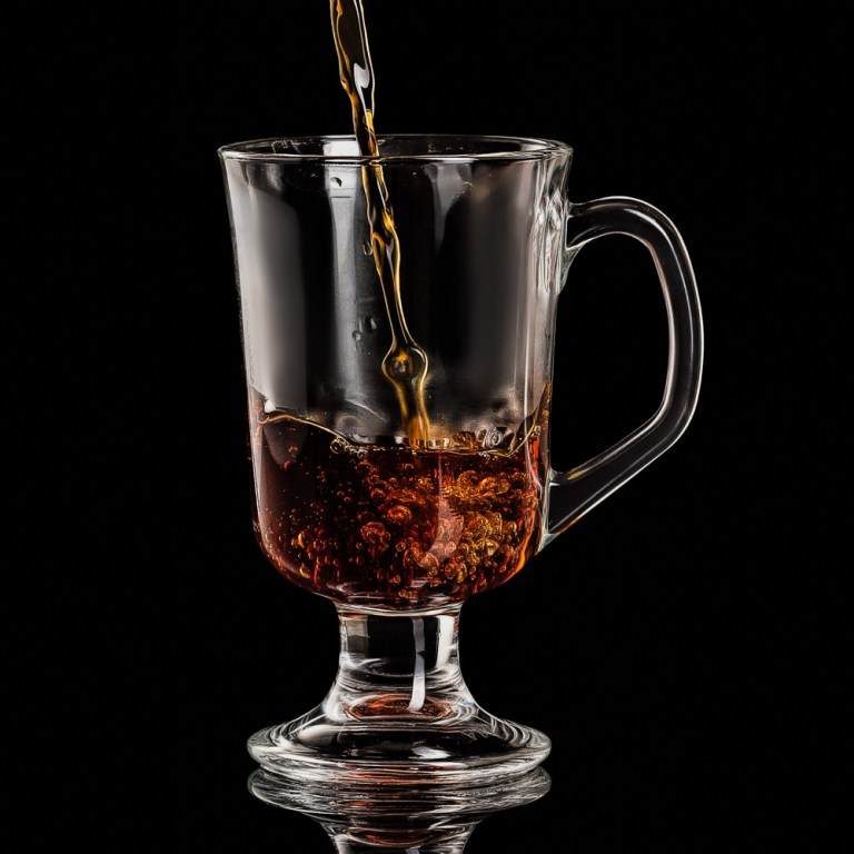 Drinks Photography - coffee pouring with splash