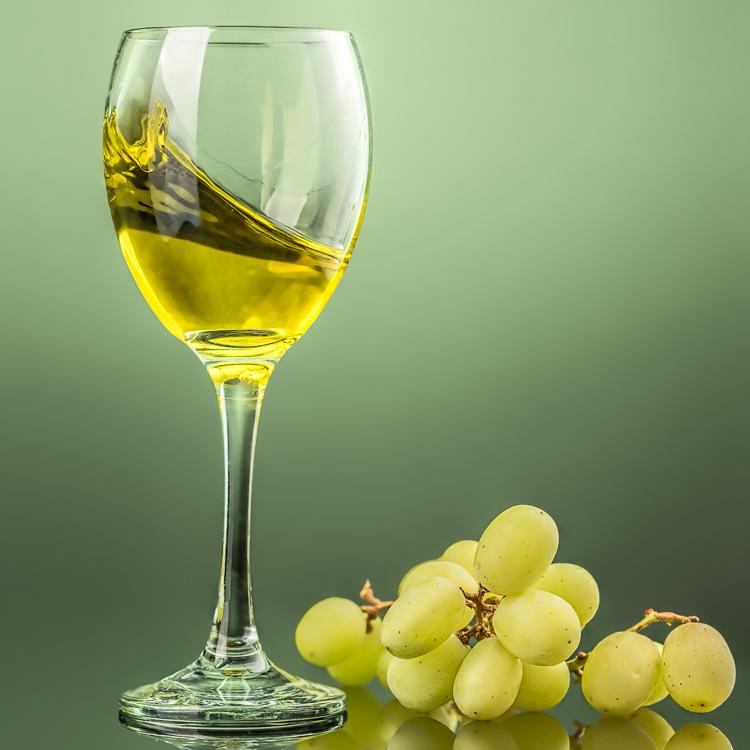 Wine Photography - White Wine with splash-3