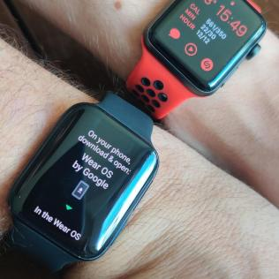OPPO Watch vs. Apple Watch
