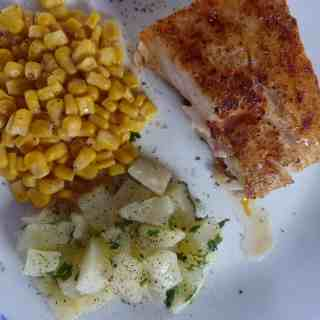 Corvina or saltwater drum recipe. Delicious fish similar to snapper or grouper at much less cost. | joeshealthymeals.com
