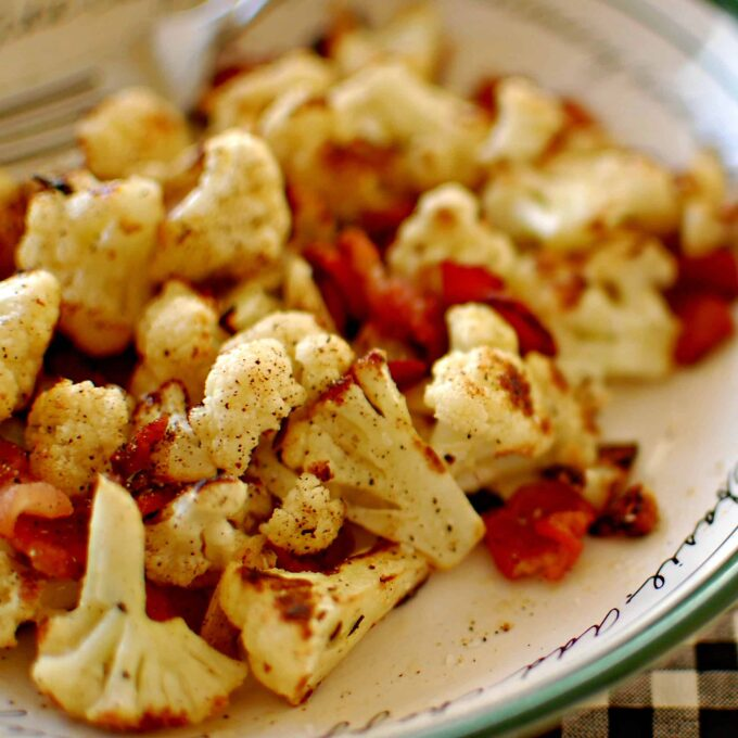 Pan seared cauliflower and bacon. Wonderful side dish to have with chicken or a small steak. Enjoy! | joeshealthymeals.com