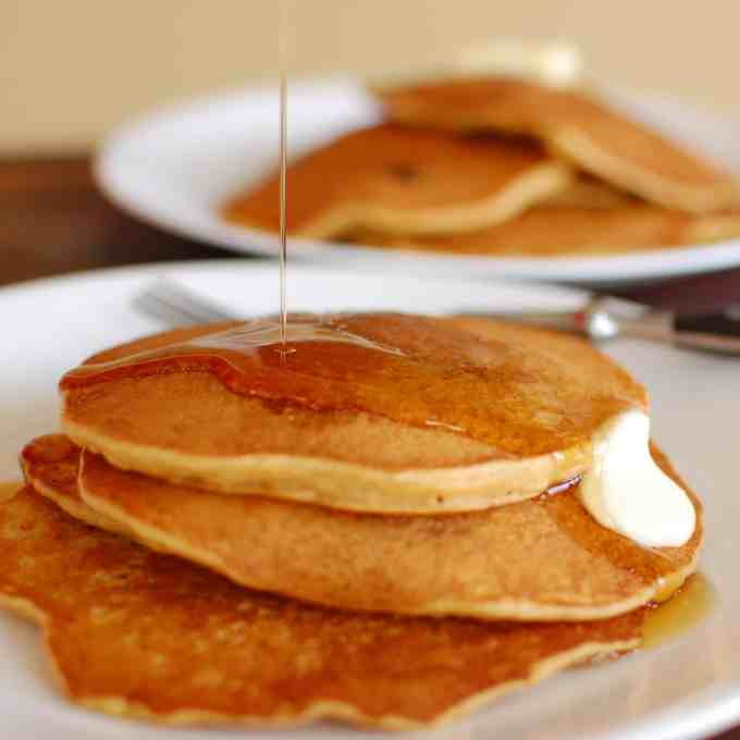 Whole grain pancake recipe. Make your own pancake mix. | joeshealthymeals.com