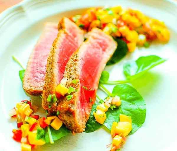 Rhubarb mango salsa with seared tuna. Makes a tangy accompaniment to all kinds of food. | joeshealthymeals.com