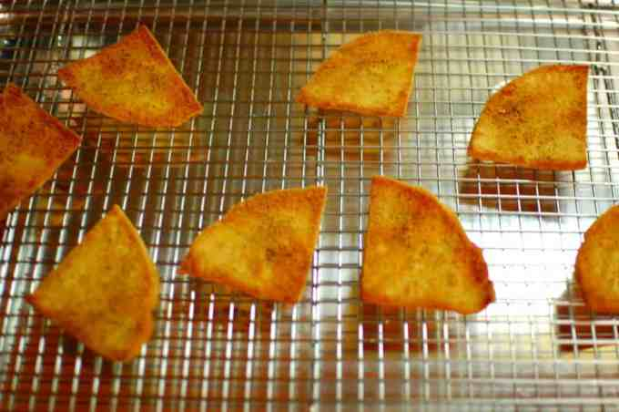 toasted pita bread