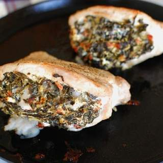 Broiled spinach stuffed pork chops. This is an easy, delicious recipe. Takes only 30 minutes to make. | joeshealthymeals.com