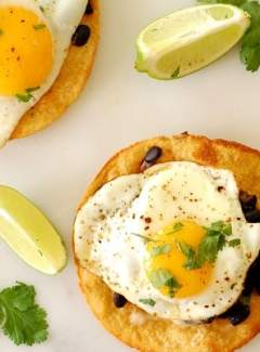 Black bean and egg tostada. Prefect recipe for breakfast, lunch, or dinner. What a yummy treat!   joeshealthymeals.com