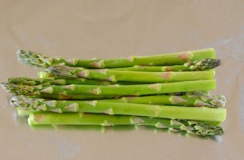 asparagus in foil. | joeshealthymeals.com