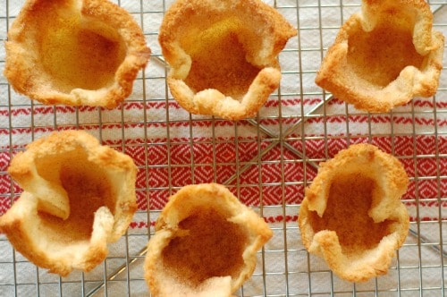 Toasted bread cups. Tasty, simple to make dessert that everyone will love. | joeshealthymeals.com