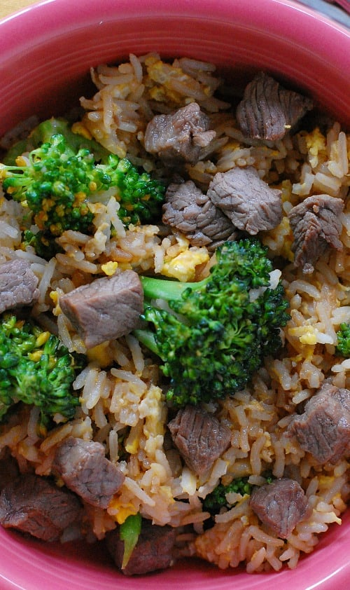 Beef fried rice recipe. Deliciously satisfying recipe for classic beef fried rice.   joeshealthymeals.com