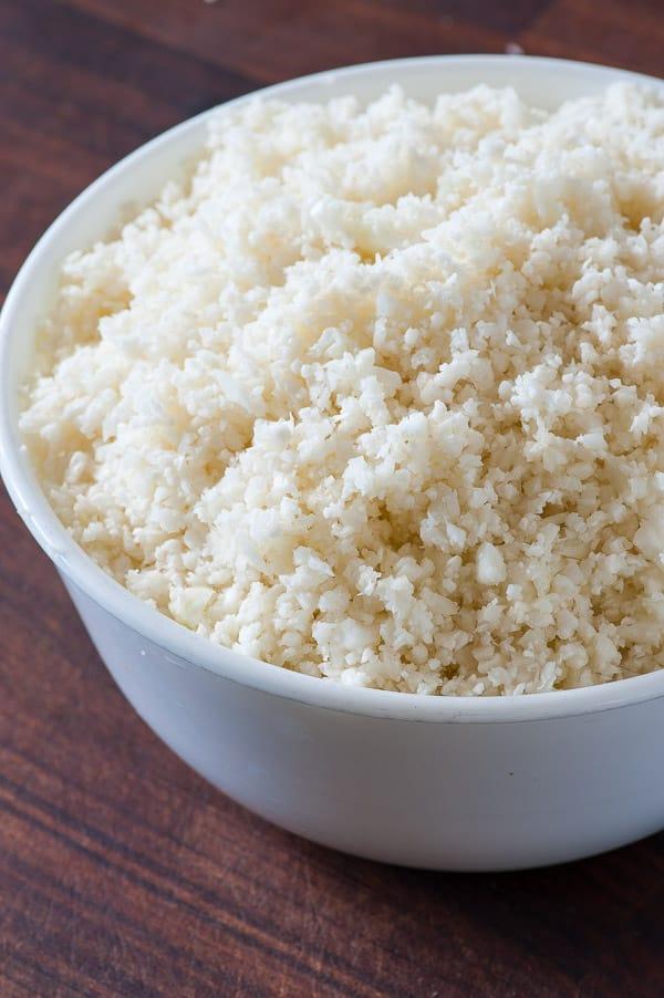 microwave garlicky cauliflower rice