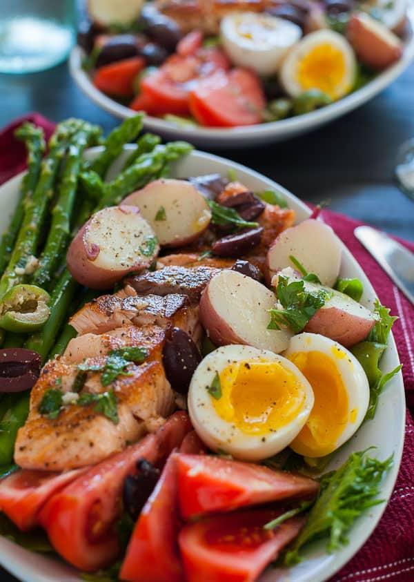 Salmon salad nicoise. Springtime recipe that is tasty and the vinaigrette rocks. | joeshealthymeals.com