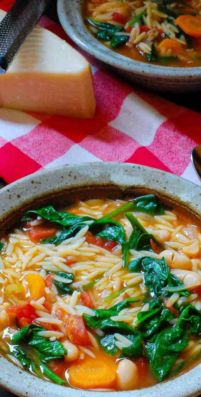 Tangy vegetarian minestrone soup recipe is a hearty recipe, perfect for fall weather.   joeshealthymeals.com