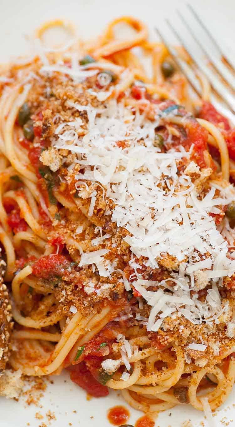 Plated midnight spaghetti. | joeshealthymeals.com