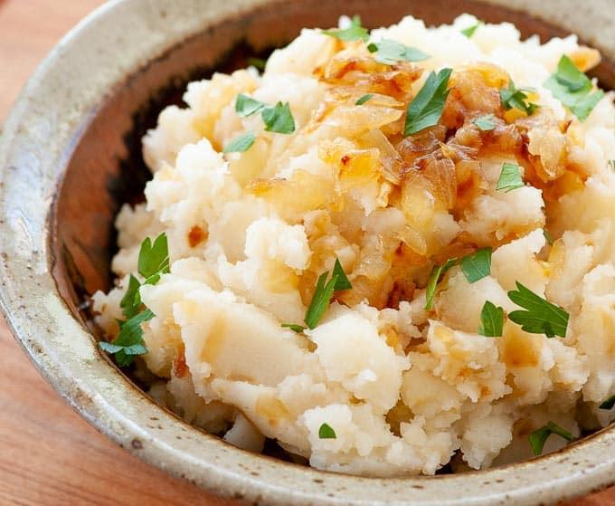 Caramelized onion mashed potatoes close-up.