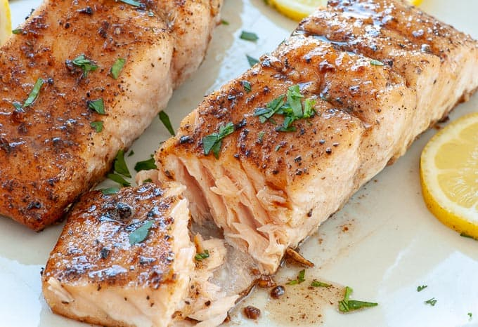 Cast iron skillet seared salmon recipe. #salmon #panfriedsalmon #healthymeals