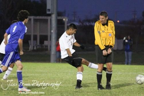 GB_vs_Andover_(Boys_Soccer)_10-25-11_1030