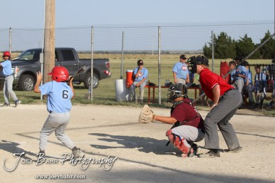 Mid-Kansas_Tornadoes_Boys_6-22-12_0056