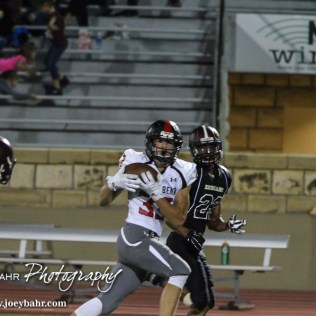 Great_Bend_FB_vs_Hays_9-11-15_0829.JPG