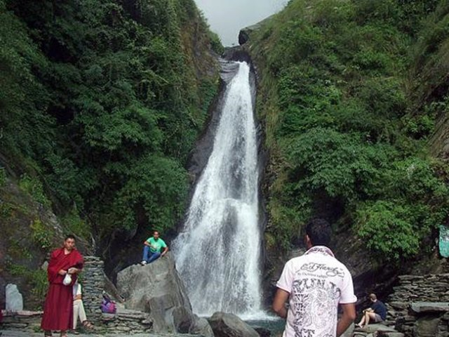 Waterfall at Bhagsunag