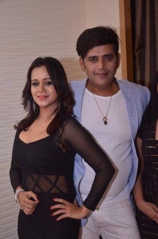 Ravi kishan and Gunjan pant