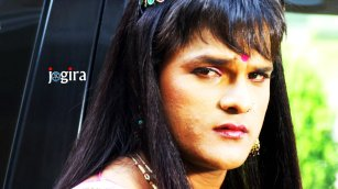 khesari lal in female look