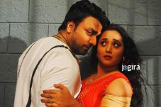 rani chatterjee in bhojpuri film chor machaye shor