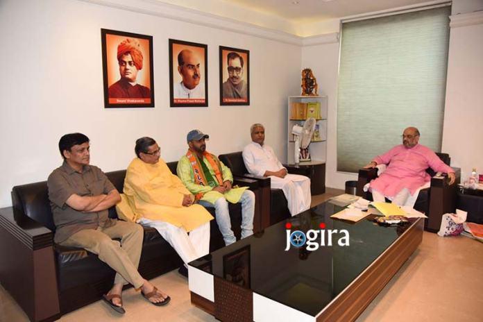 भोजपुरी गायक और अभिनेता पवन सिंह हुए भाजपा में शामिल